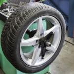 タイヤをガソリンスタンドで安く交換する方法